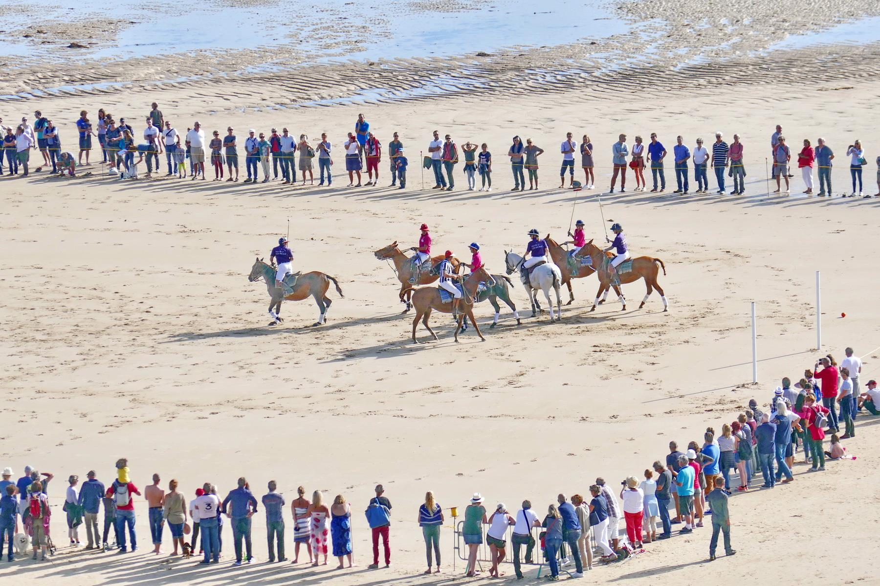 Tournoi de polo sur la plage